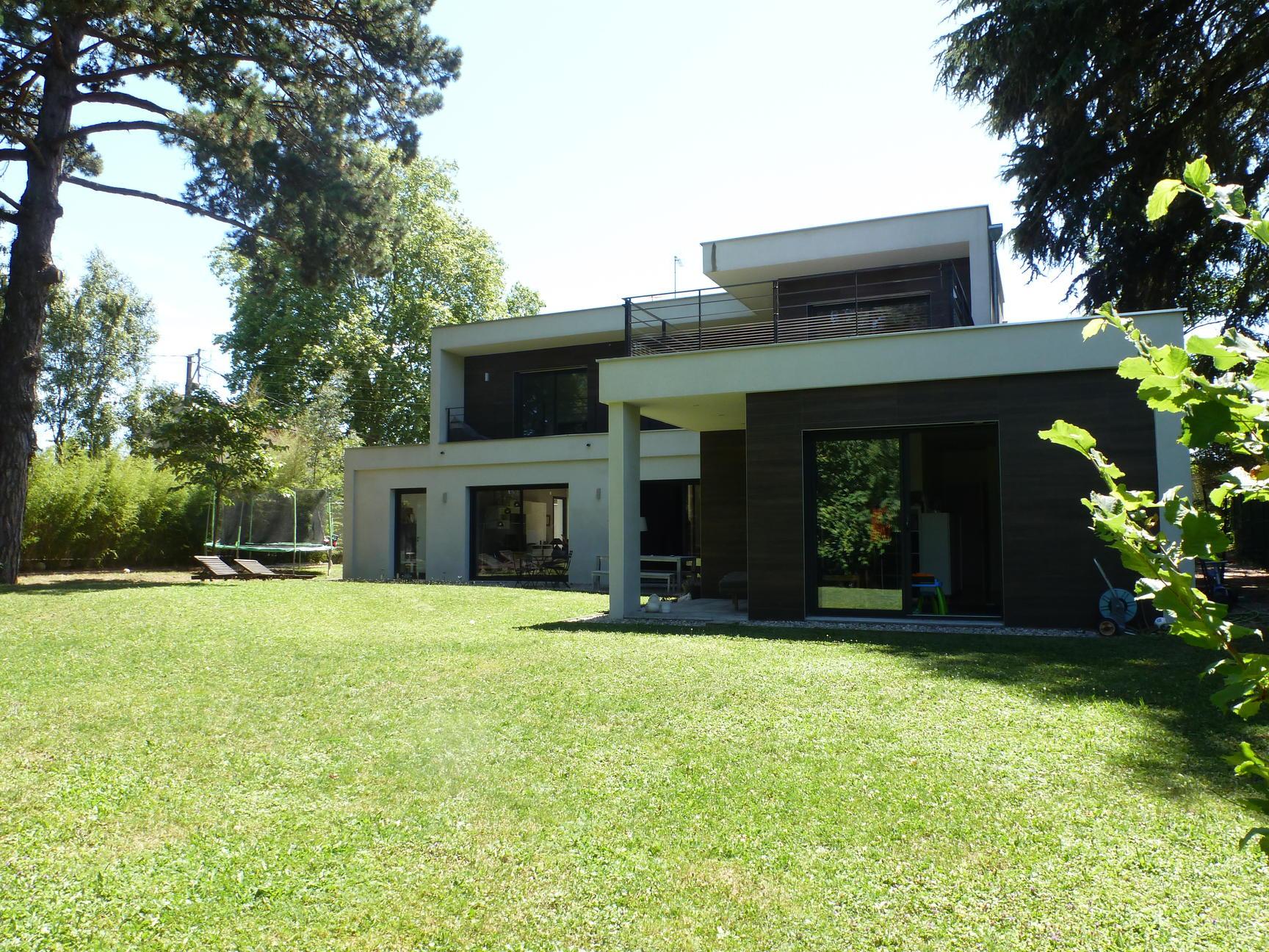 A VENDRE Maison Contemporaine Ecully 4 chambres