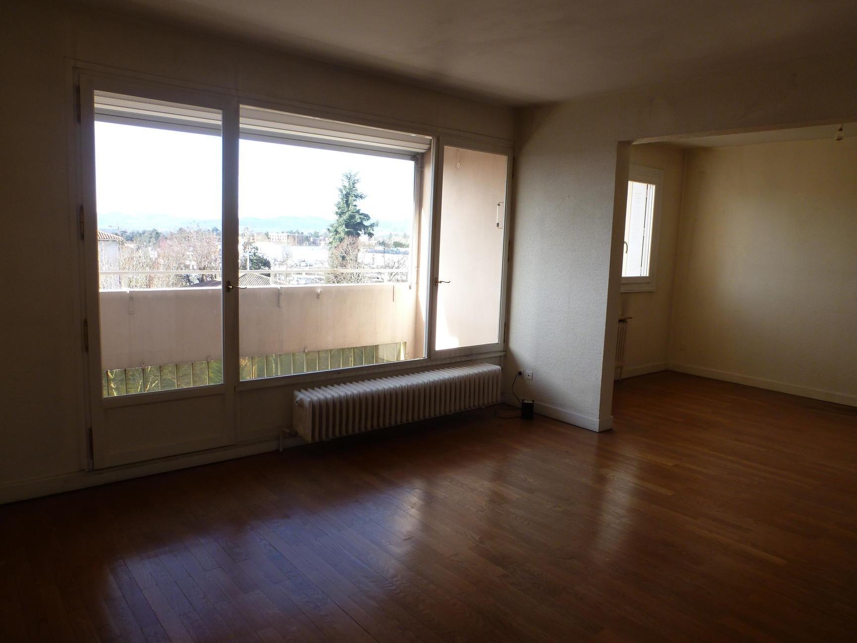 A VENDRE appartement 84m2 drenier étage avec garage