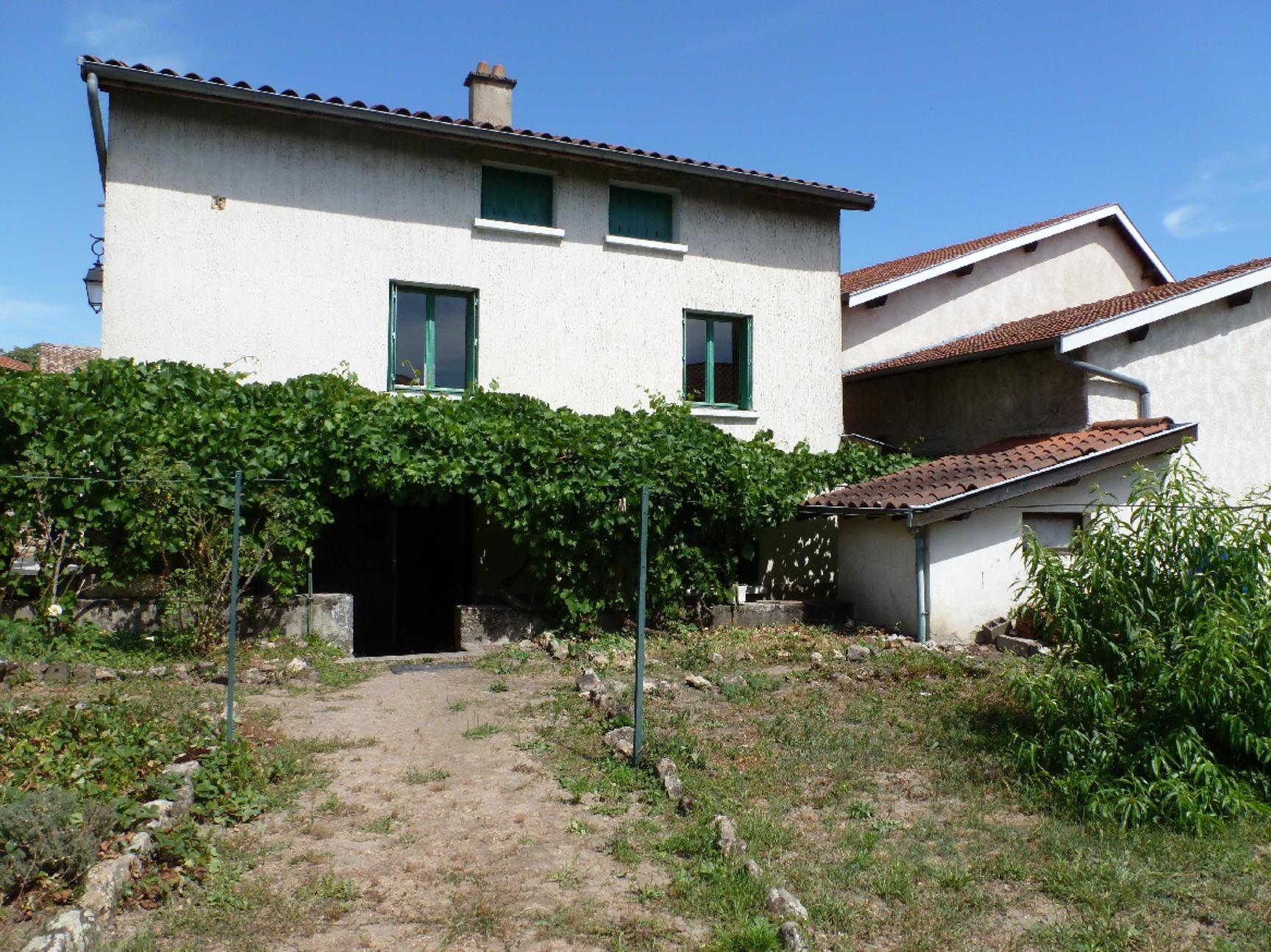 maison de village 90m2  2 chambres avec jardinet