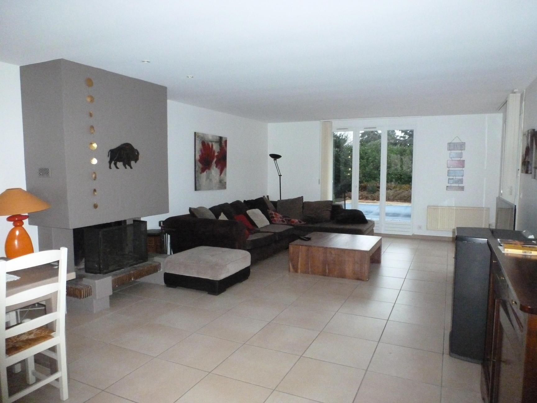 A VENDRE villa 5 pièces 132 m2