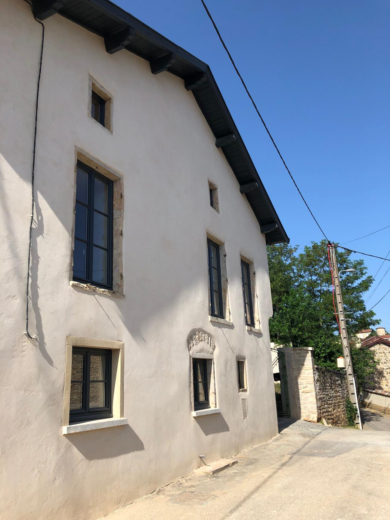 MAISON ANCIENNE RENOVEE 4/5 CHAMBRES,