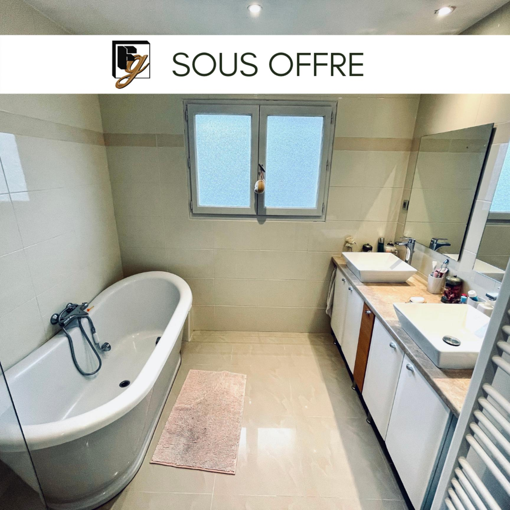 SOUS COMPROMIS // DOMMARTIN villa 150m2 4 chambres - Dommartin