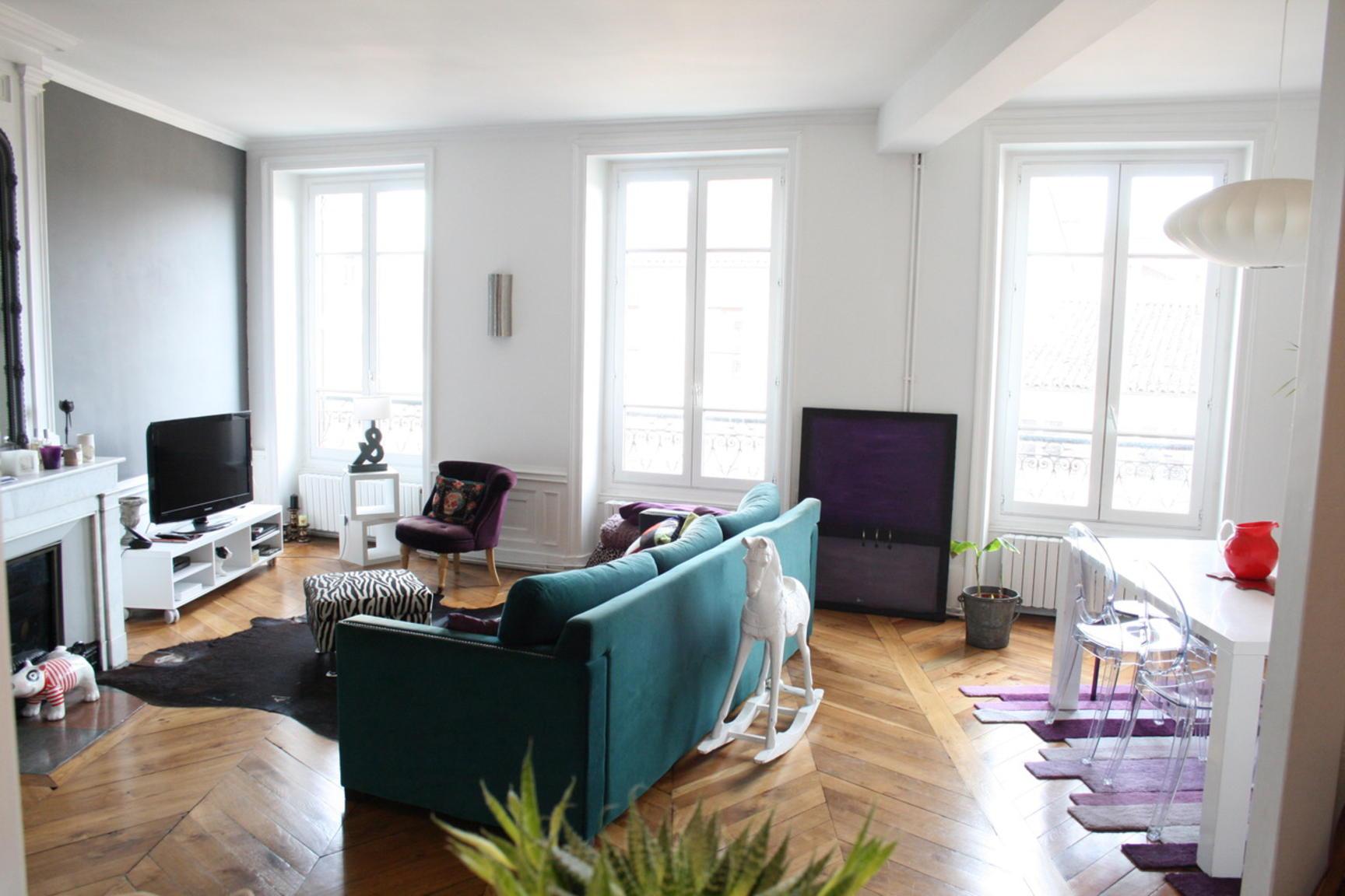 annonce vente appartement villefranche sur sa ne 69400 147 m 274 900 992734871658. Black Bedroom Furniture Sets. Home Design Ideas